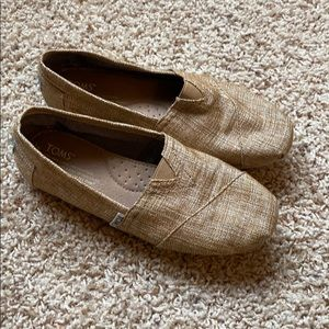 TOMS, women's size 7